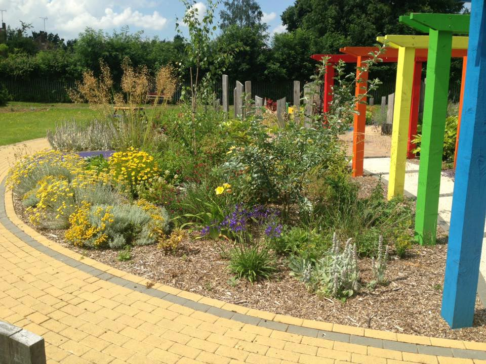 g4g3-3 - Gardens For Good - Garden Design in Oxfordshire ...